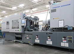 Toshiba 310-ton electric plastic injection molding press